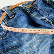 Hüftspeck Jeans